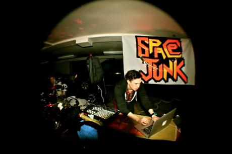 spacejunkparty4